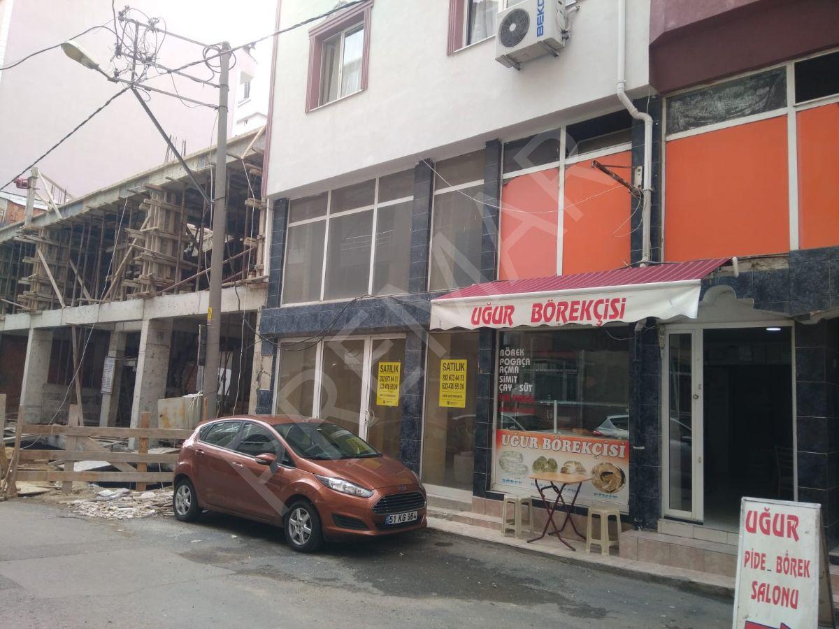 Atatürk Bulvarına 2. Binada Satılık Dükkan