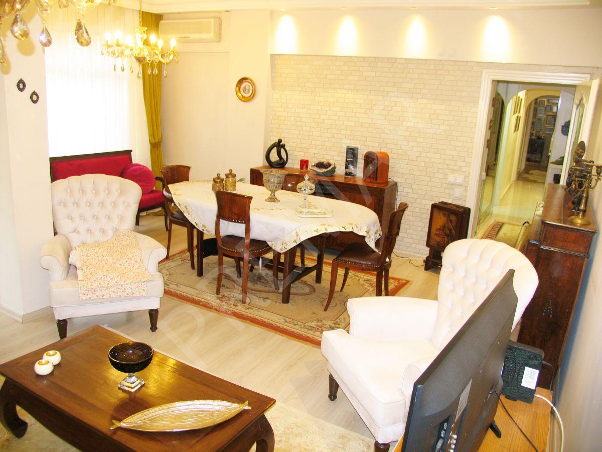 Yeşilköy Polat Deniz Sitesinde Satılık 3+1 120 M2 Arakat