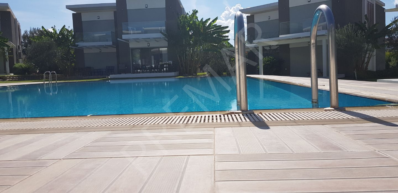 Çeşme Şifne De Acil İndirimli Satılık 4+1 Yazlık Villa
