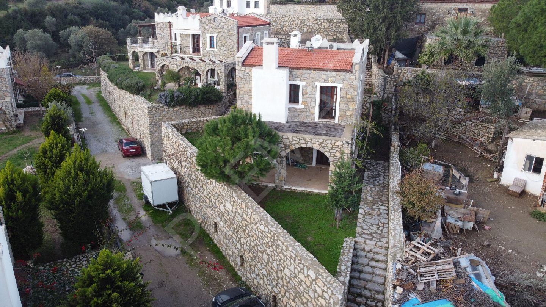 Premar Datça Reşediye Mahallesi'nde Dubleks Bahçeli Yeni Taş Ev