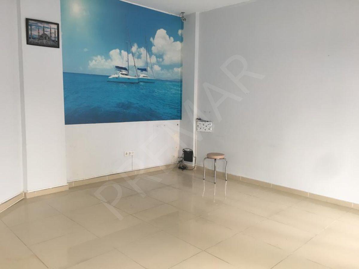 Siyavuşpaşa Ulubatlı Hasan Caddesi üzeri 30 m2 kiralık Dükkan