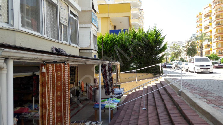 Giriş kat satılık Bahçeli daire--ПРОДАЕТСЯ КВ.НА ПЕРВОМ ЭТАЖЕ