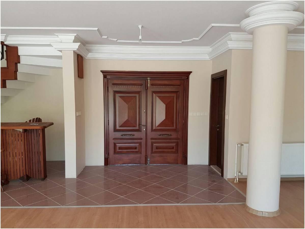 Premar Kozyatağı'ndan İzmir Urla'da İki Parsel Arazi Üzerinde Satılık Villa