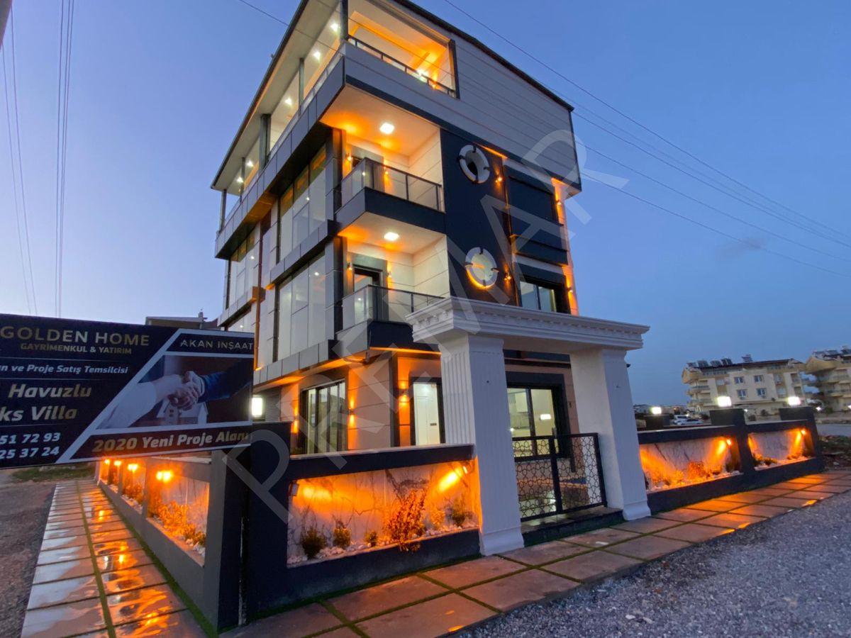 Liman Yoluna Yakın 4+1 Tripleks Villamız Satışta