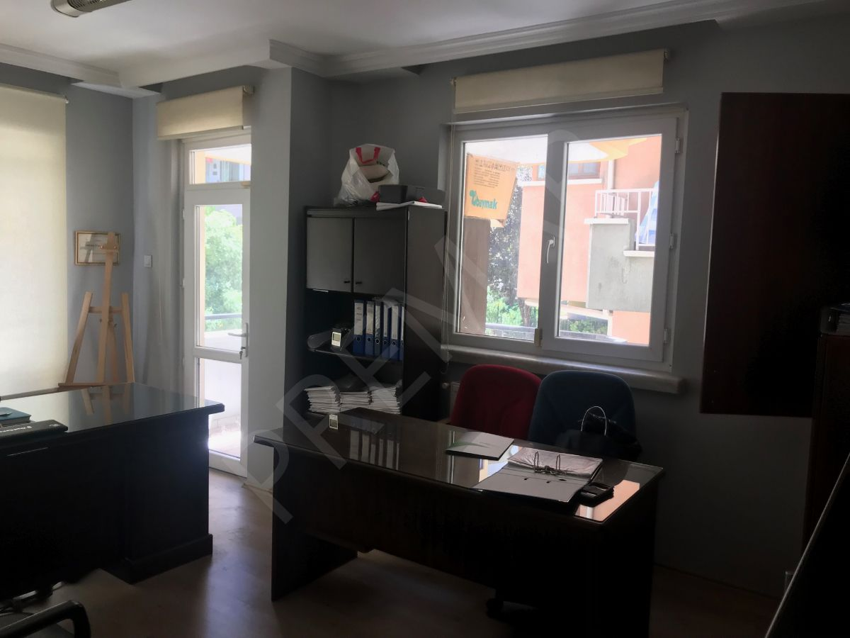 Çankaya Bayraktar Mahallesi Satılık Bakımlı Dubleks