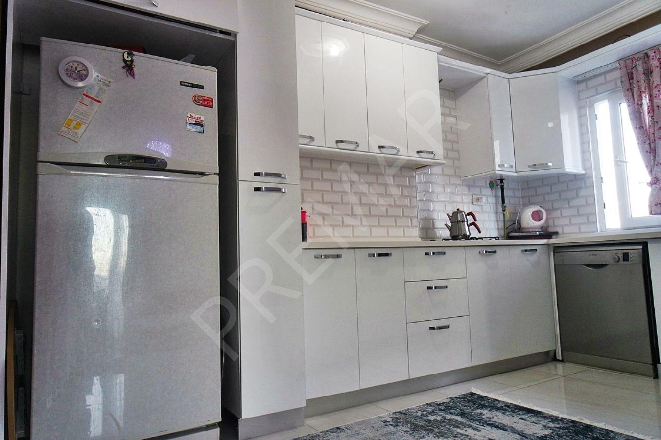 Fa Emlak'tan Forum Avm Yanı D.gazlı Site İçi 3+1 Kiralık Daire!