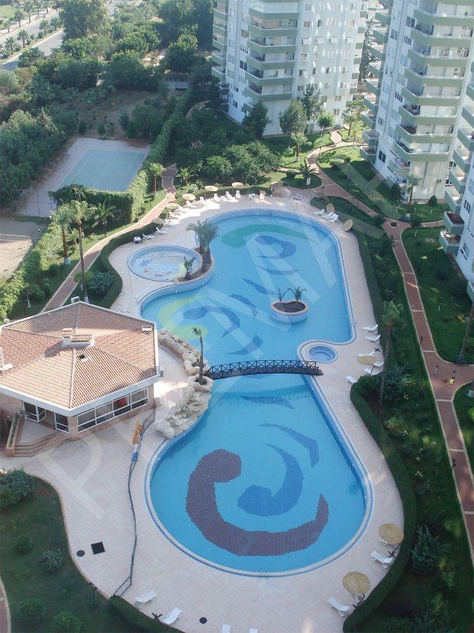 Premar Fa'dan Site İçinde Havuzlu Denız Manzaralı Doğal Gazlı 4+1