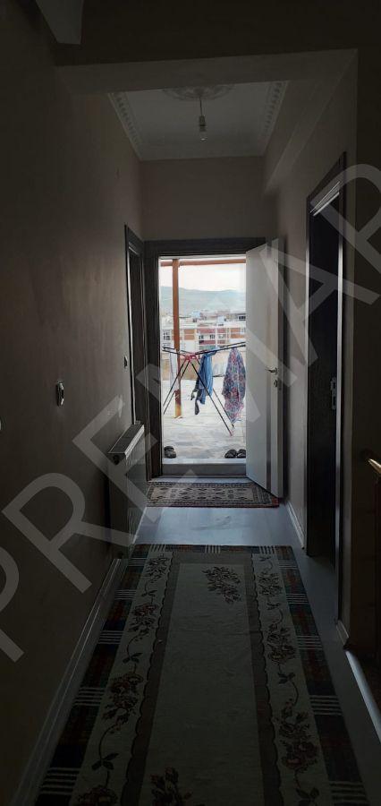 Van Alipaşa Mahallesinde 7+1satılık Dublex Daire