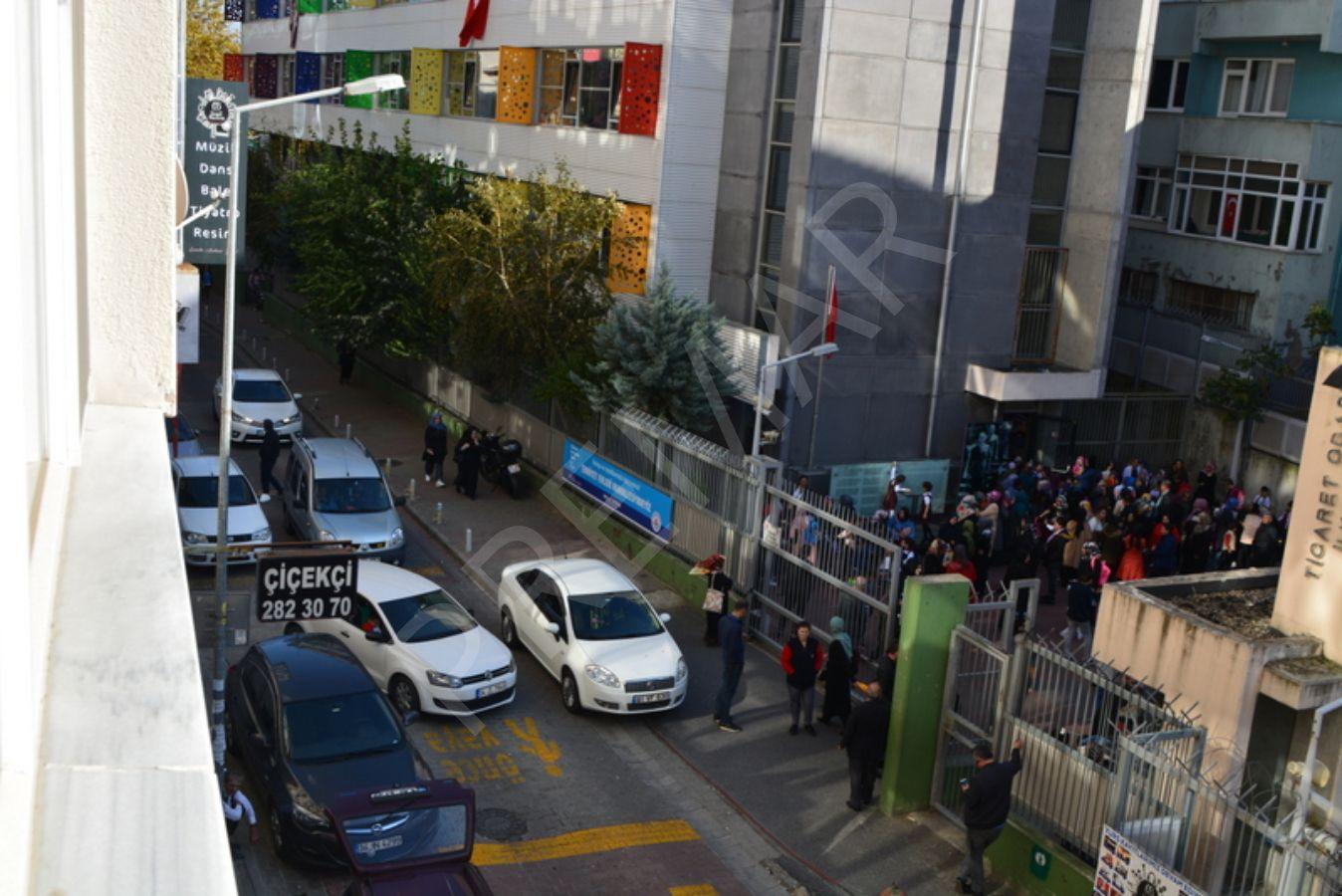 Büyükdere Caddesi Yakını Kiracılı Satılık Ofis