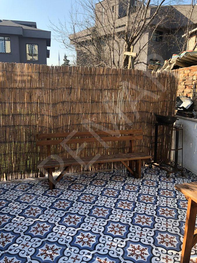 Kemerburgazda Full Eşyalı Bahçe Dubleksi