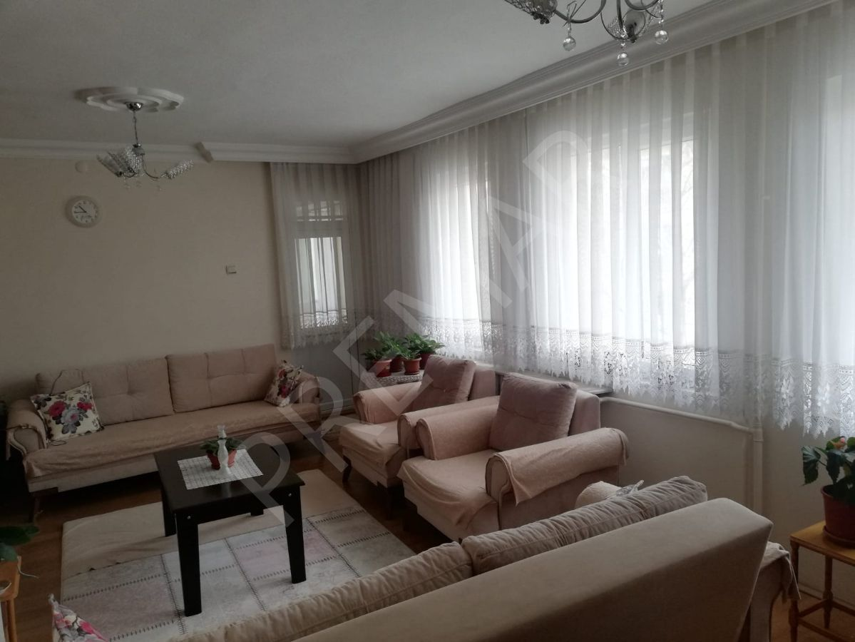 Eskişehir Odunpazarı Osmangazi Mahallesinde Satılık 3+1 Daire