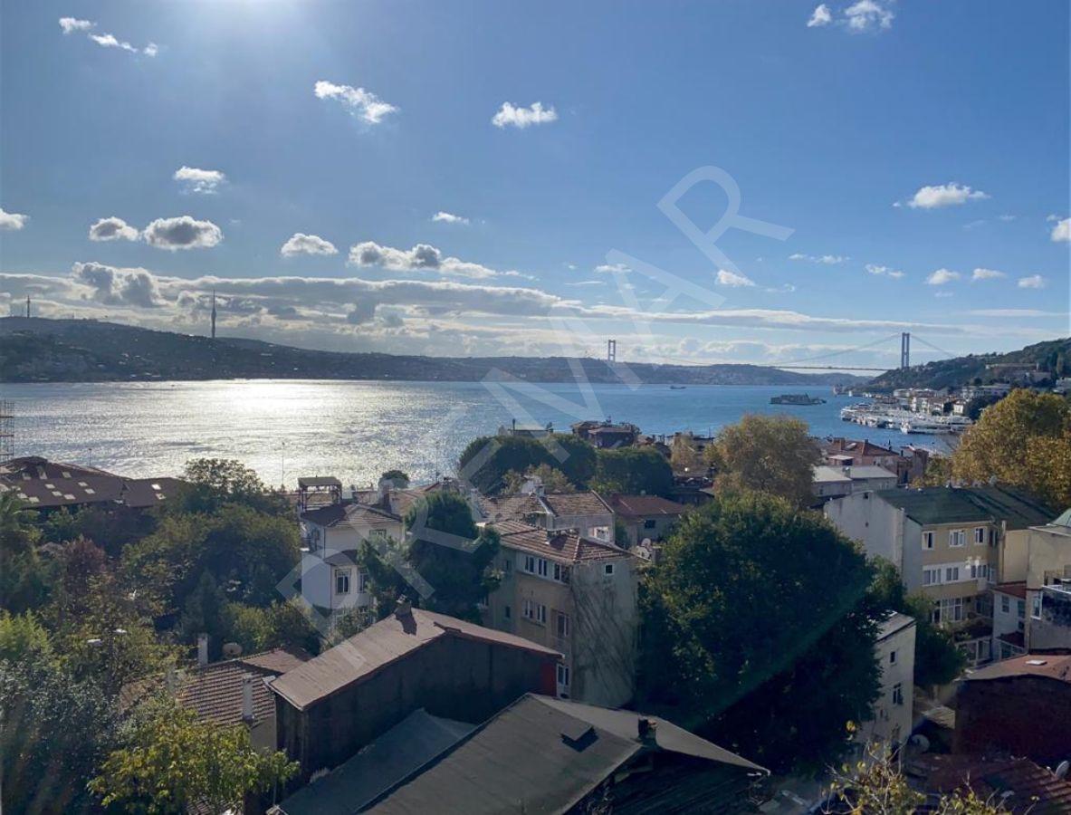 Arnavutköy'de Sahile 150 Mt Full Boğaz Manzaralı Satılık Daire!
