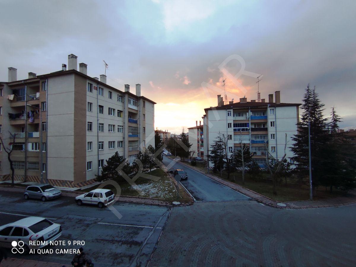 Belsin Tınaztepede 1.kat Bakımlı Organizeye Yakın 3+1 Daire!!!