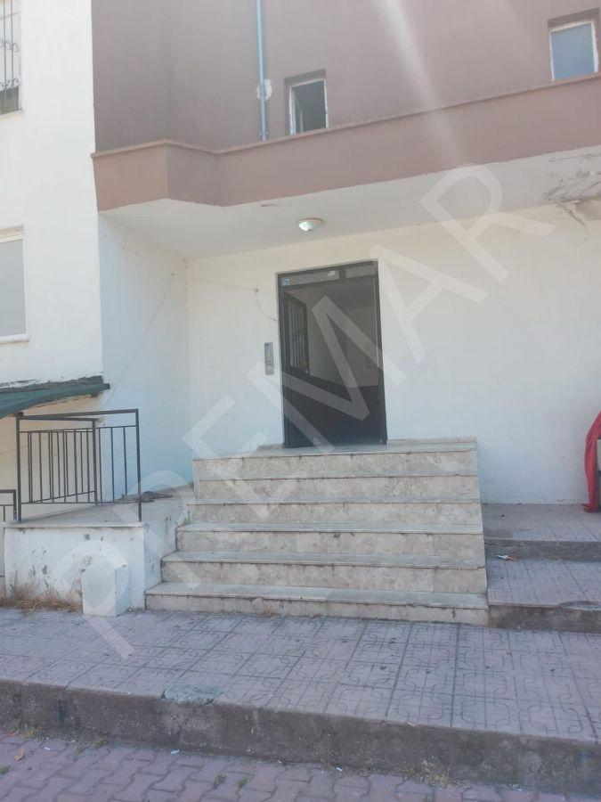 Örnekköy De Deniz Manzaralı Satılık 2+1 Daire