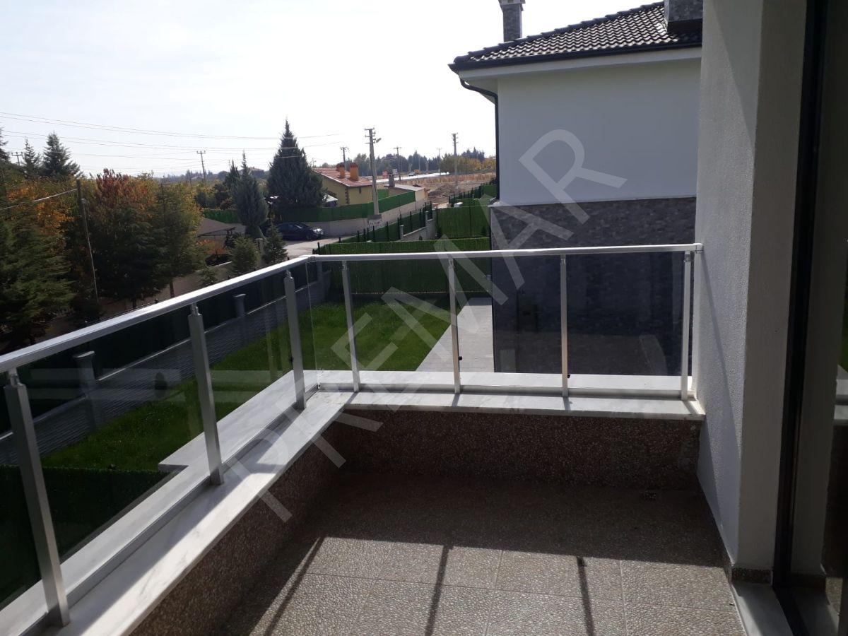 Meram Hatıpta Site İçinde Sıfır 2+1 Satılık Dubleks Villa