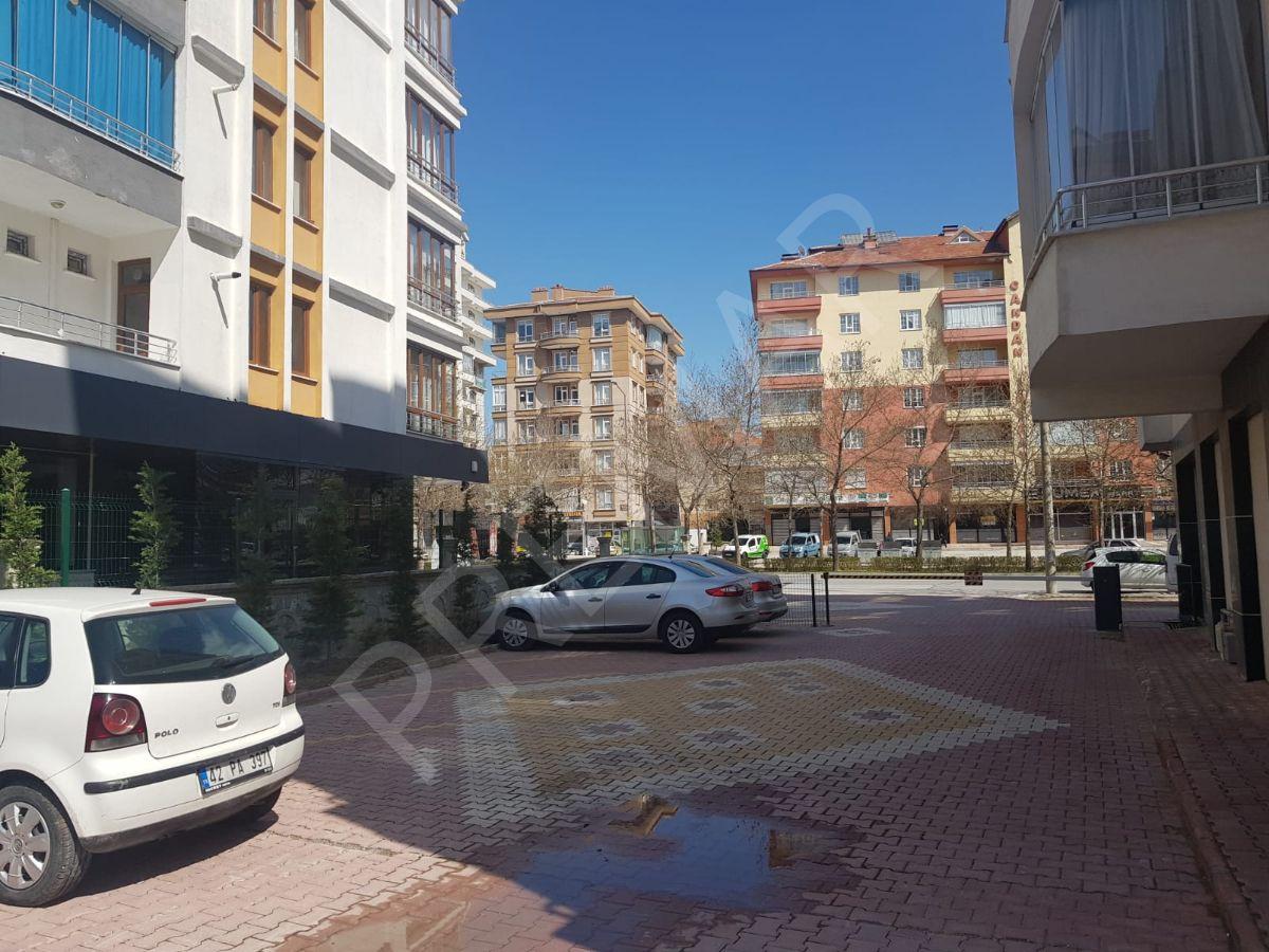 Fetih Caddesi, Anayola Cepheli, Bölgenin En Bakımlı,3+1 Dairesi