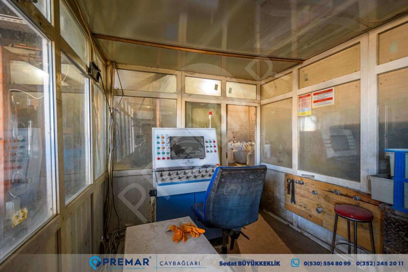Premar'dan Kayseri-ankara Yolu 200mt Cepheli Bims Üretim Tesisi