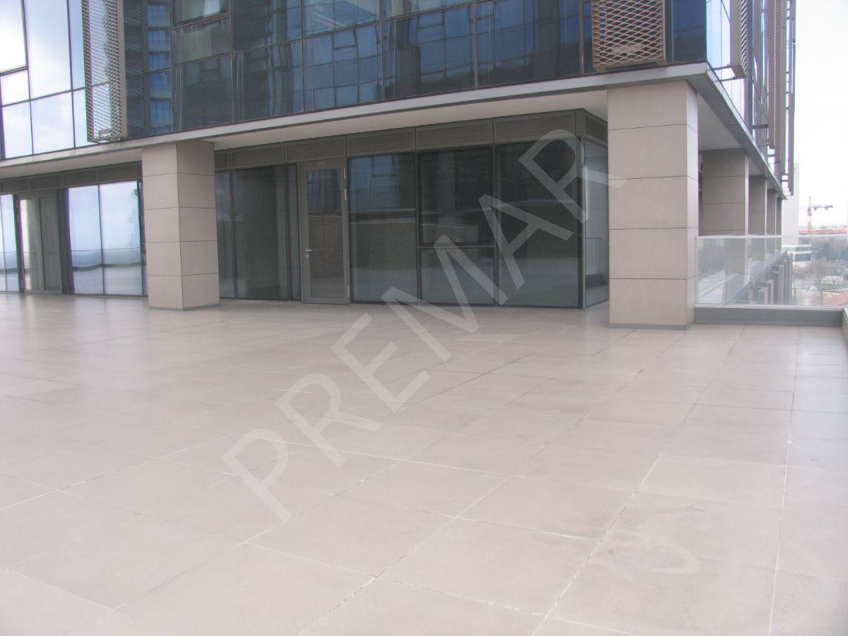 Yalı Ataköy Projesinde Kiralık Ofis 200 M2, Sahil Yolu Cepheli