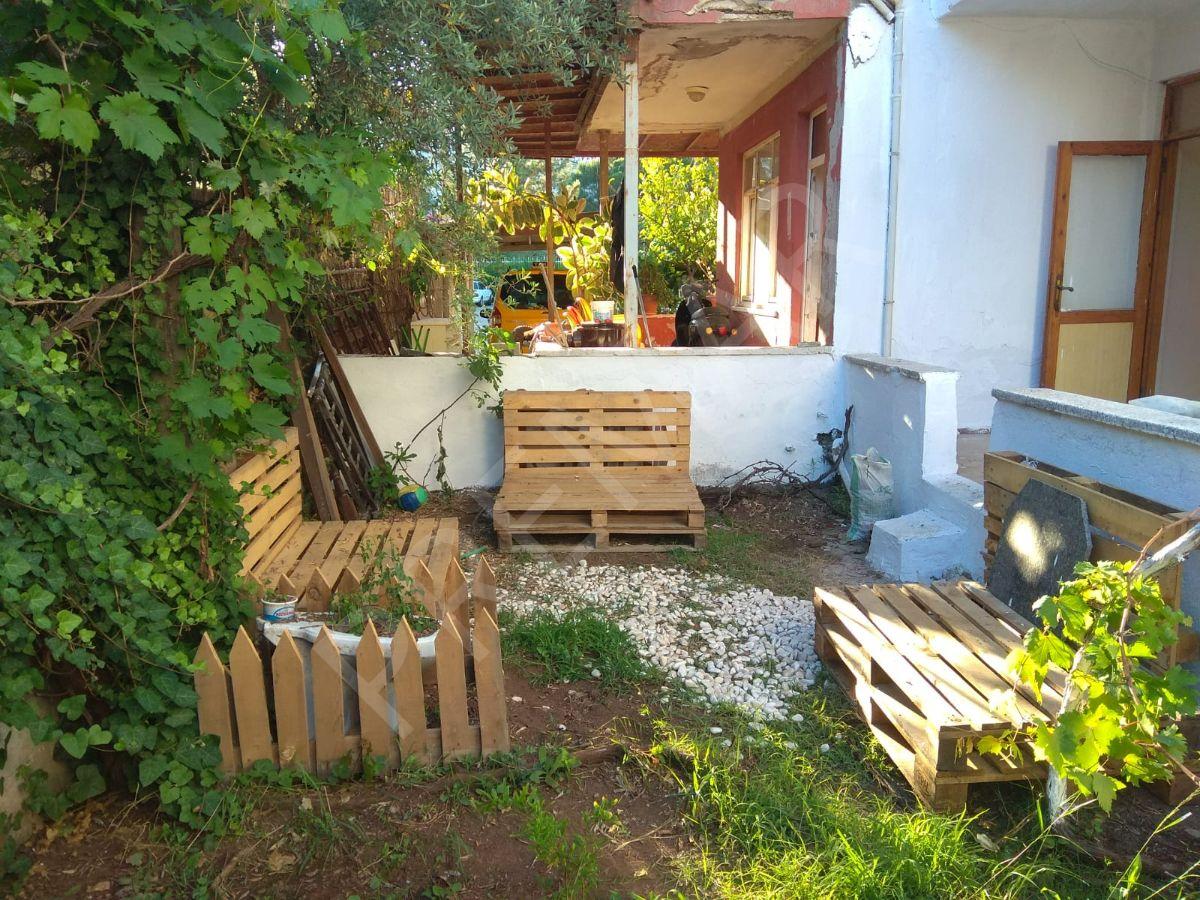 Müstakil 2+1 Bahçeli Ev