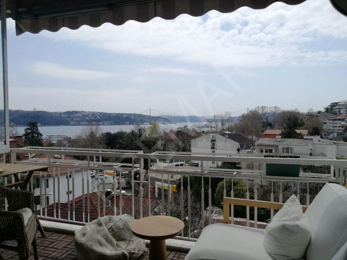 Yeniköy'de Sahile 1 Dk Boğaz Ve Köprü Manzaralı Satılık Daire !