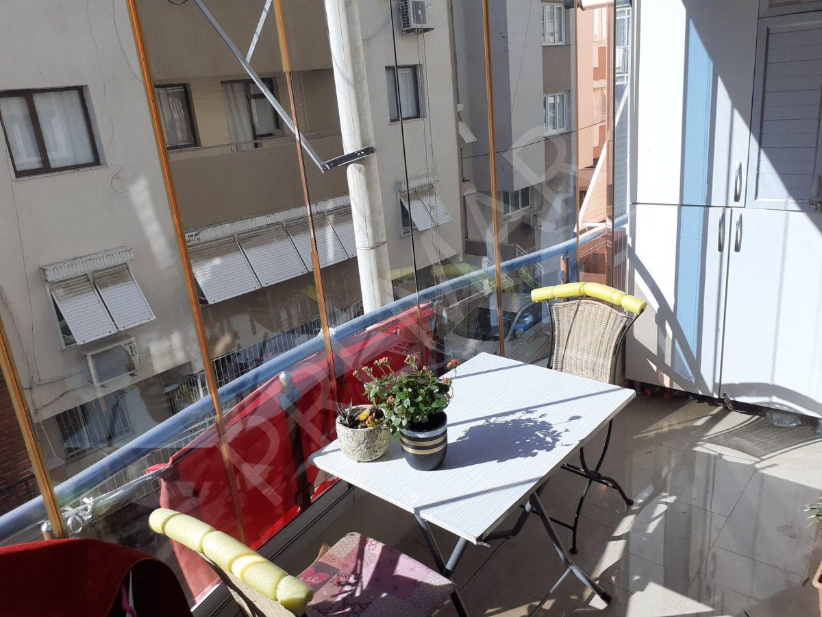 İzmir Buca'da Laleli Mahallesinde Satılık 160m2 Net 3+1 Daire