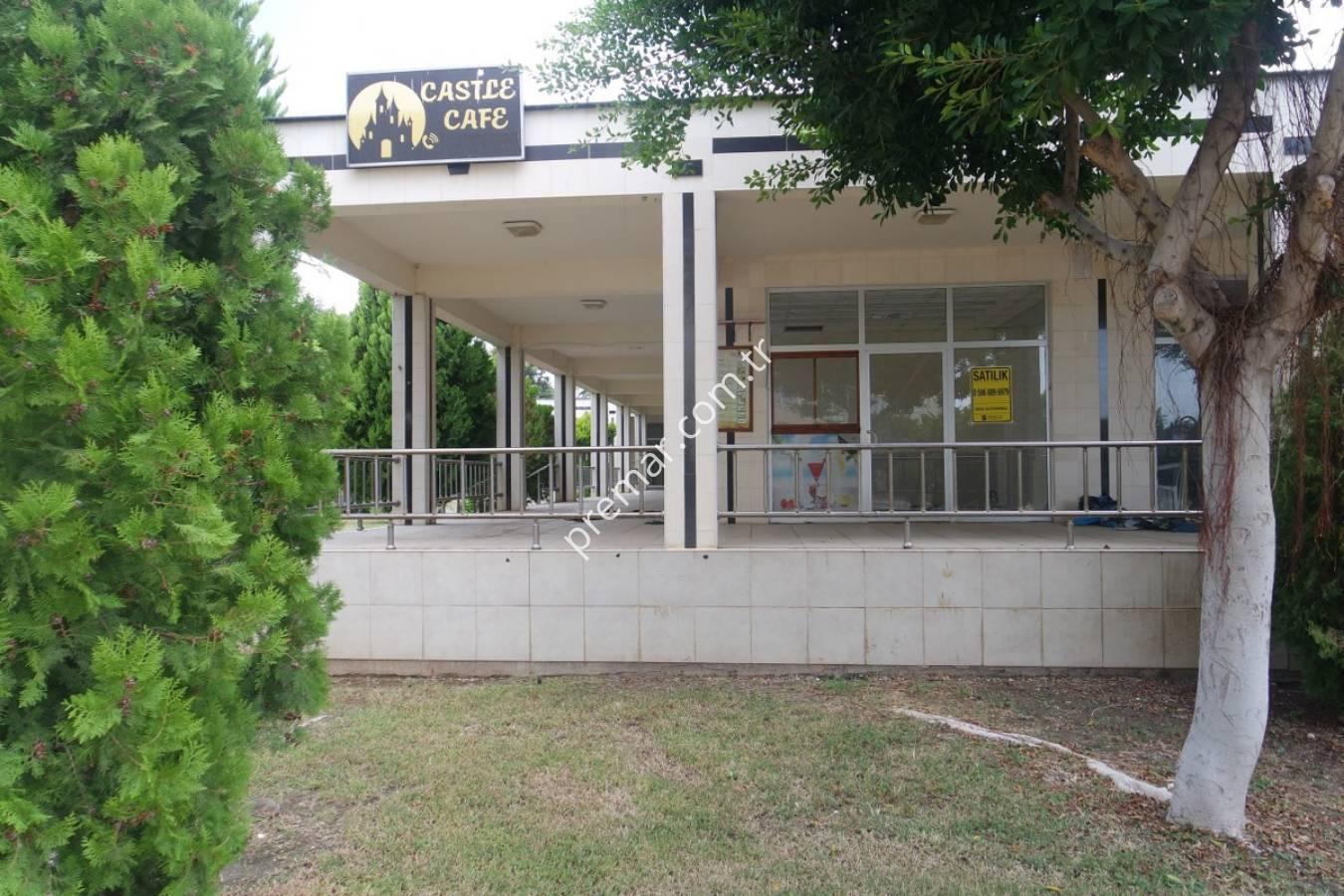 Premar Doğa'dan Queenaba'da Geniş Kullanım Alanlı Köşe Dükkan