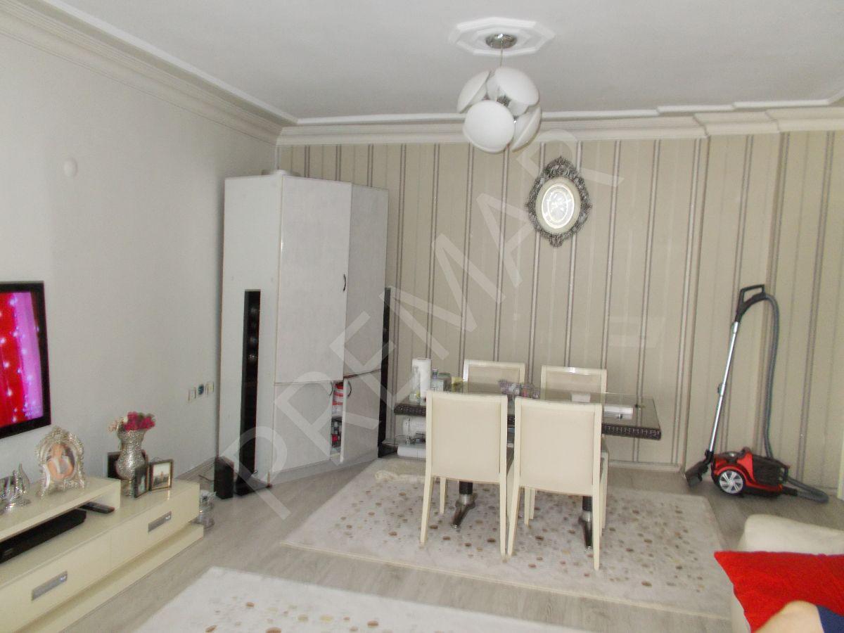 Yenibosna Güzelkent Sitesinde 3+1 Satılık