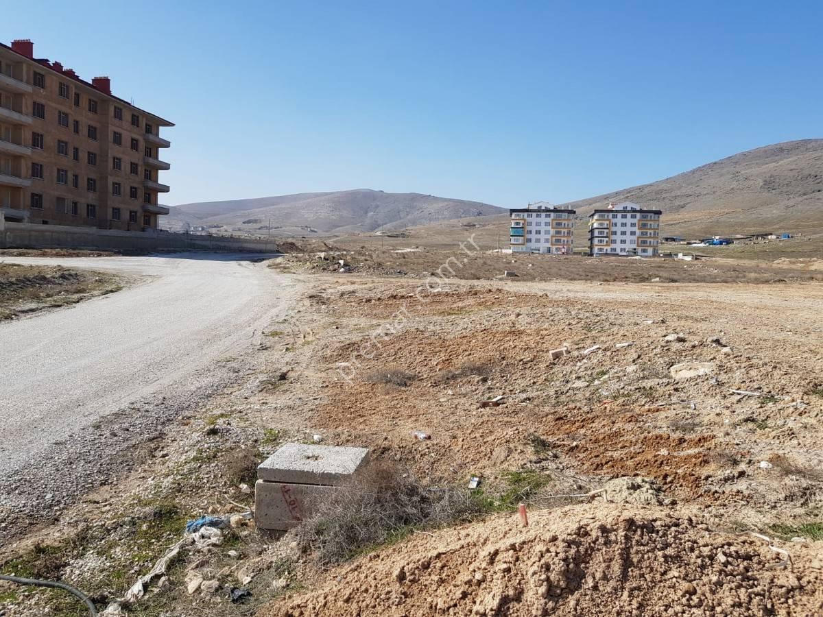 Yazır Selahatddin Eyyubi Mahallesi Yeni Çevre Yoluna Cepheli Projeli İmarlı Satılık Arsa...