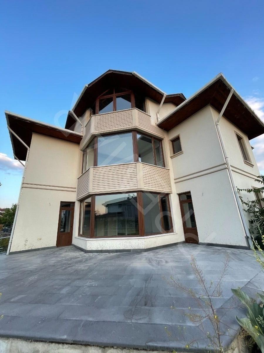 Premar Çaybağlarından Satılık Villa