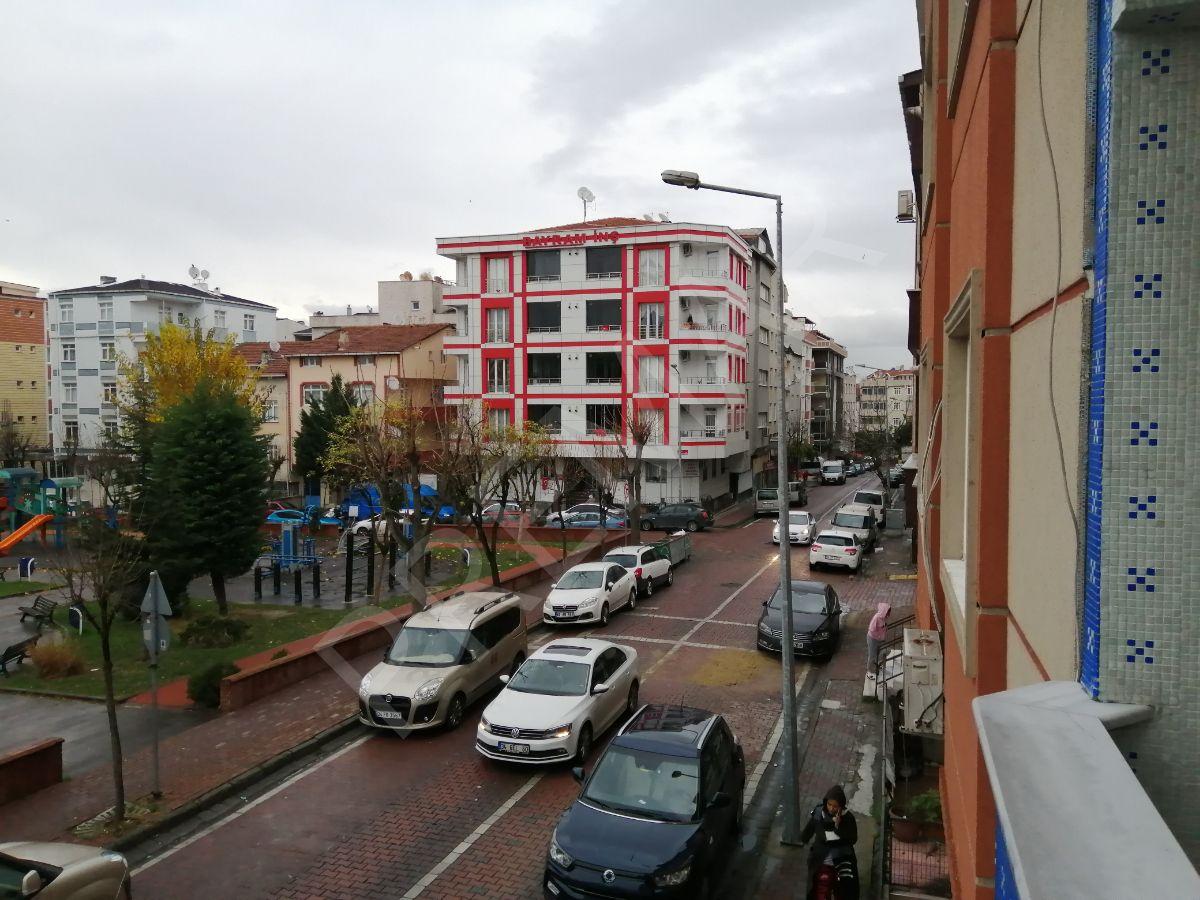 Yenibosna Merkez Mahallesi M2 Satılık 3+1 Daire