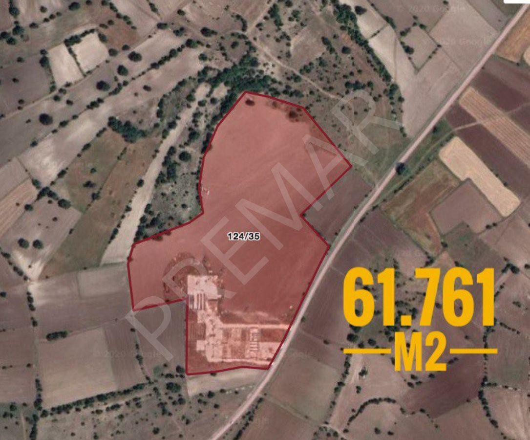 Kütahya Merkez'de Yapı Ruhsatlı 61.762 M2 Arsa