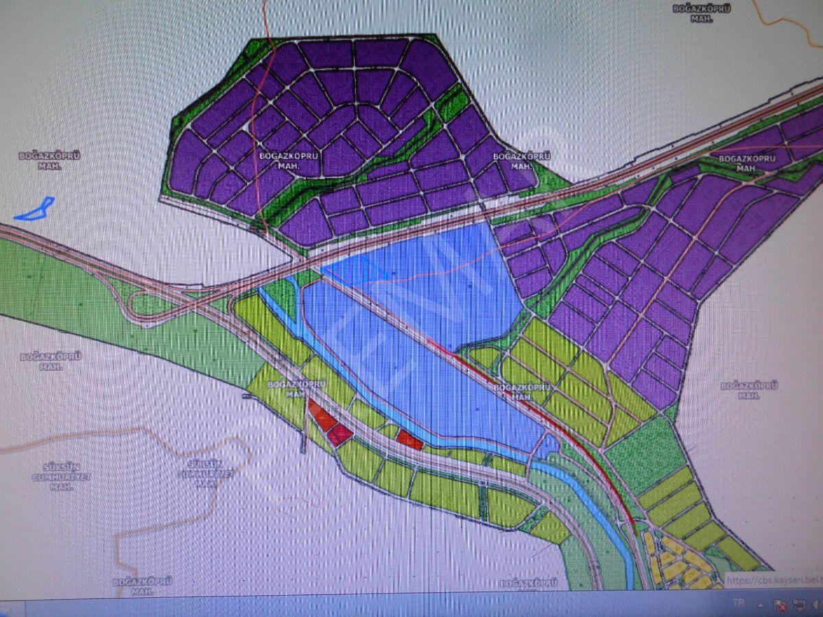 Premardan Boğazköprüde 2300m2 Yatırımlık Tarla