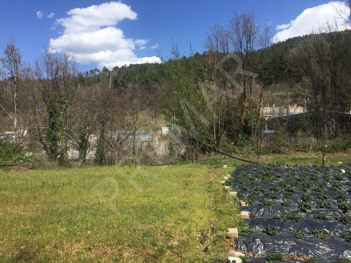 Osmangazi Çaybaşı'nda İçinde Maden Suyu Kaynakları Bulunan Emsalsiz Arazi