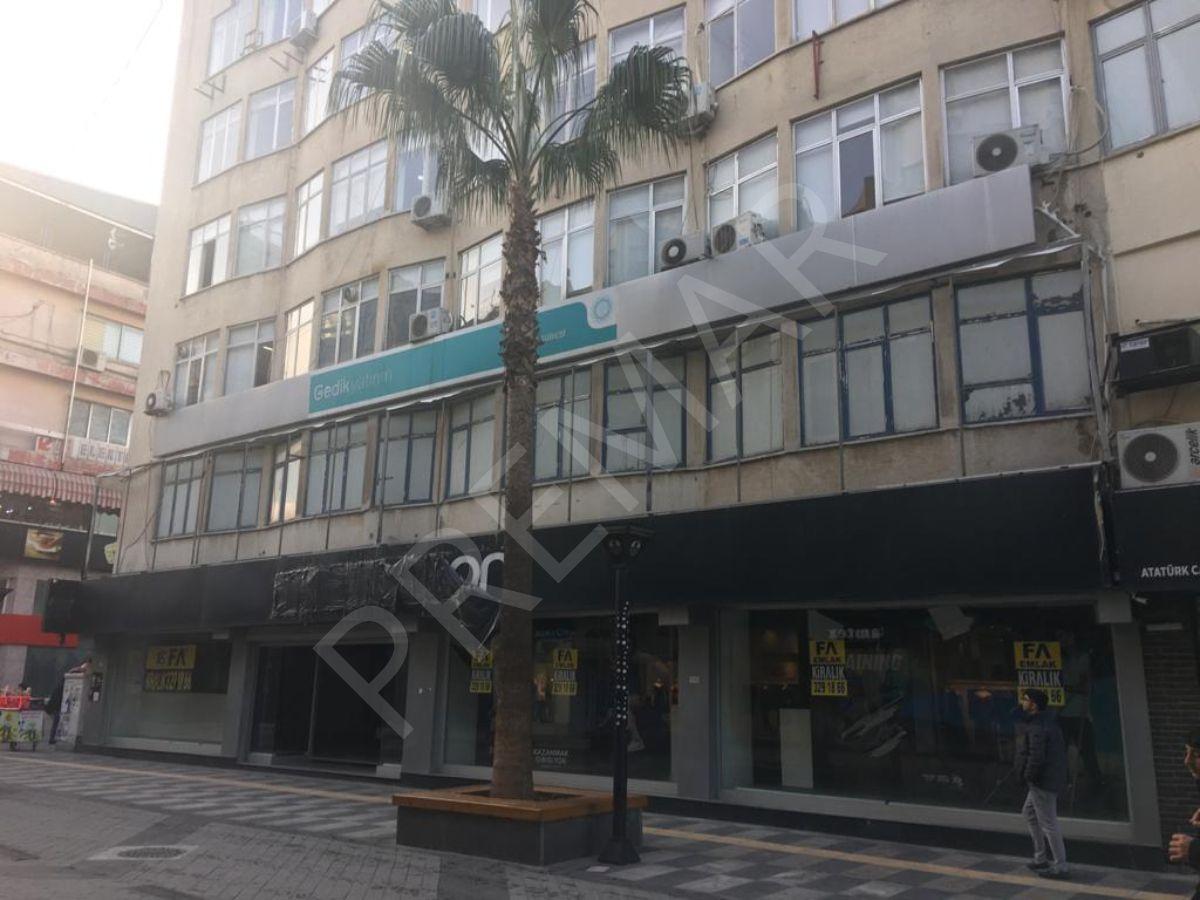 Premar Fa Emlak'dan Enteller Cadde Üzerinde 3 Katlı Kiralık Mağaza
