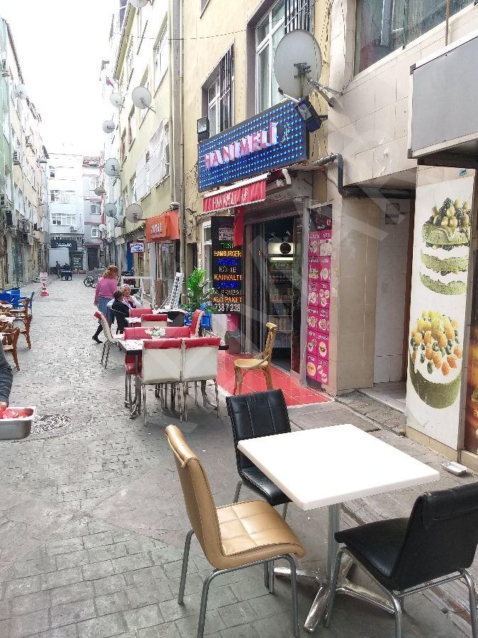 Kasımpaşa Kızılay Meydanında Devren Cafe
