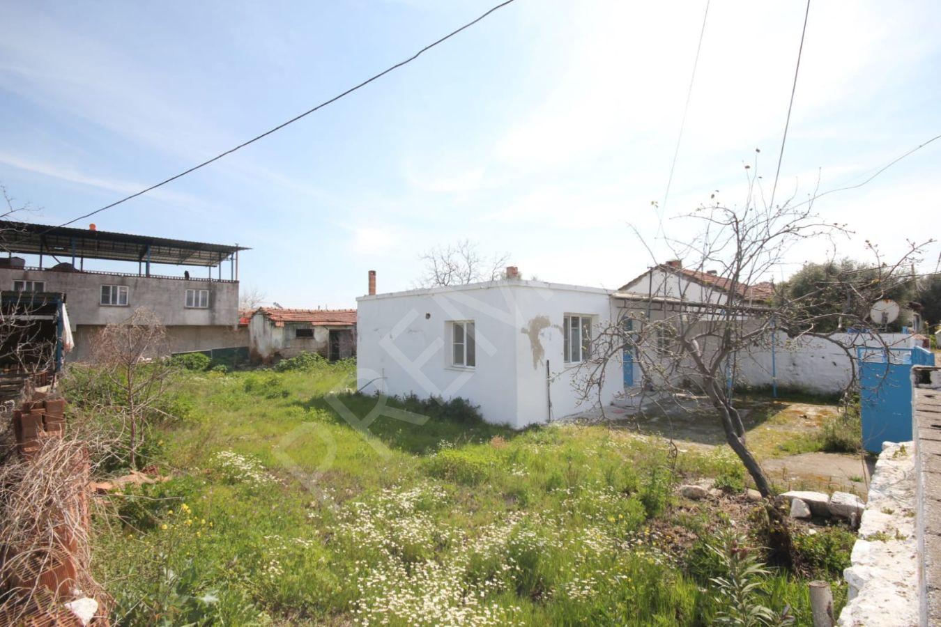 Didim Balat Mahallesinde Satılık 3+1 Satılık Köy Evi