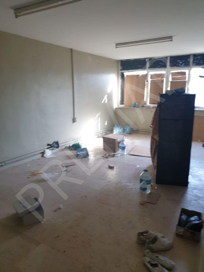 Eskişehir Odunpazarı 71 Evler Mahallesinde Matbaacılar Sitesinde Kiralık İşyeri