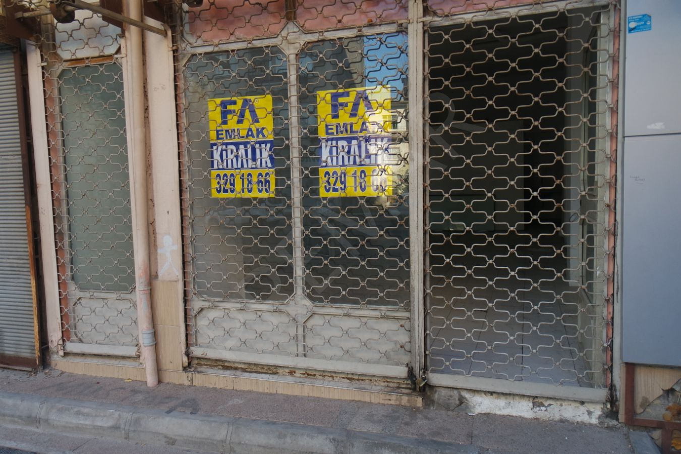 Premar Fa'dan Burhan Felek Cad. Kiralık Dükkan !!!