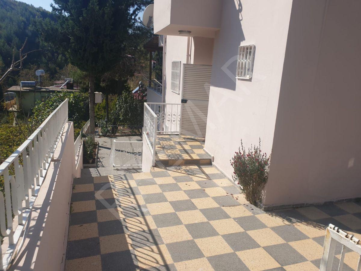 Fa Emlak Premar'dan Acil Satılık Kelepir Arsa İçinde Villa !
