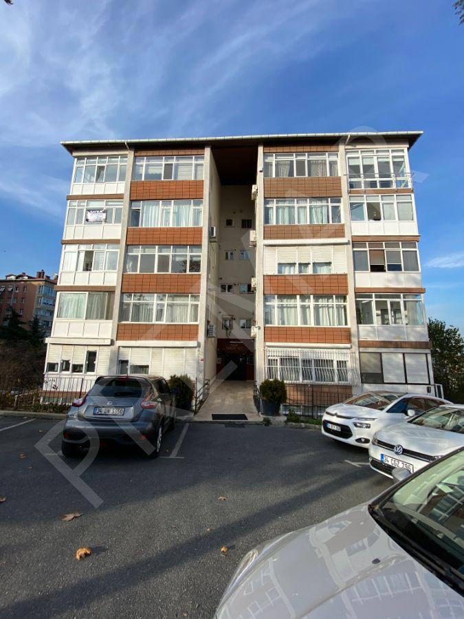 Ulus,turizm Sitesi'nde Cadde Üzerinde Arakat 3+1 Satılık Daire..