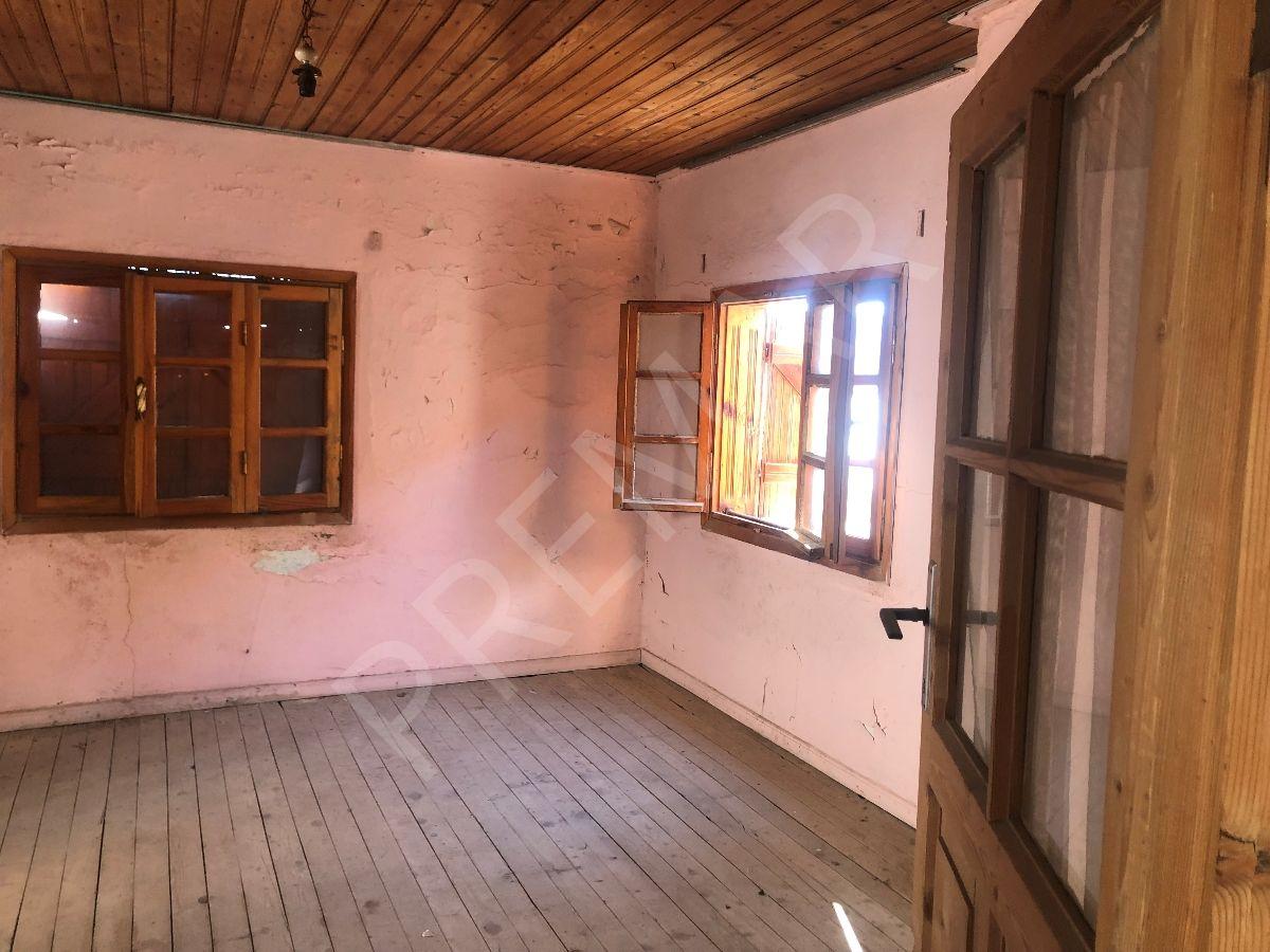 Urla Merkezde Projesi Hazır Satılık Taş Ev