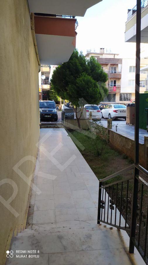Didim Yeni Mahallede Satılık Cadde Üzeri 2+1 Daire