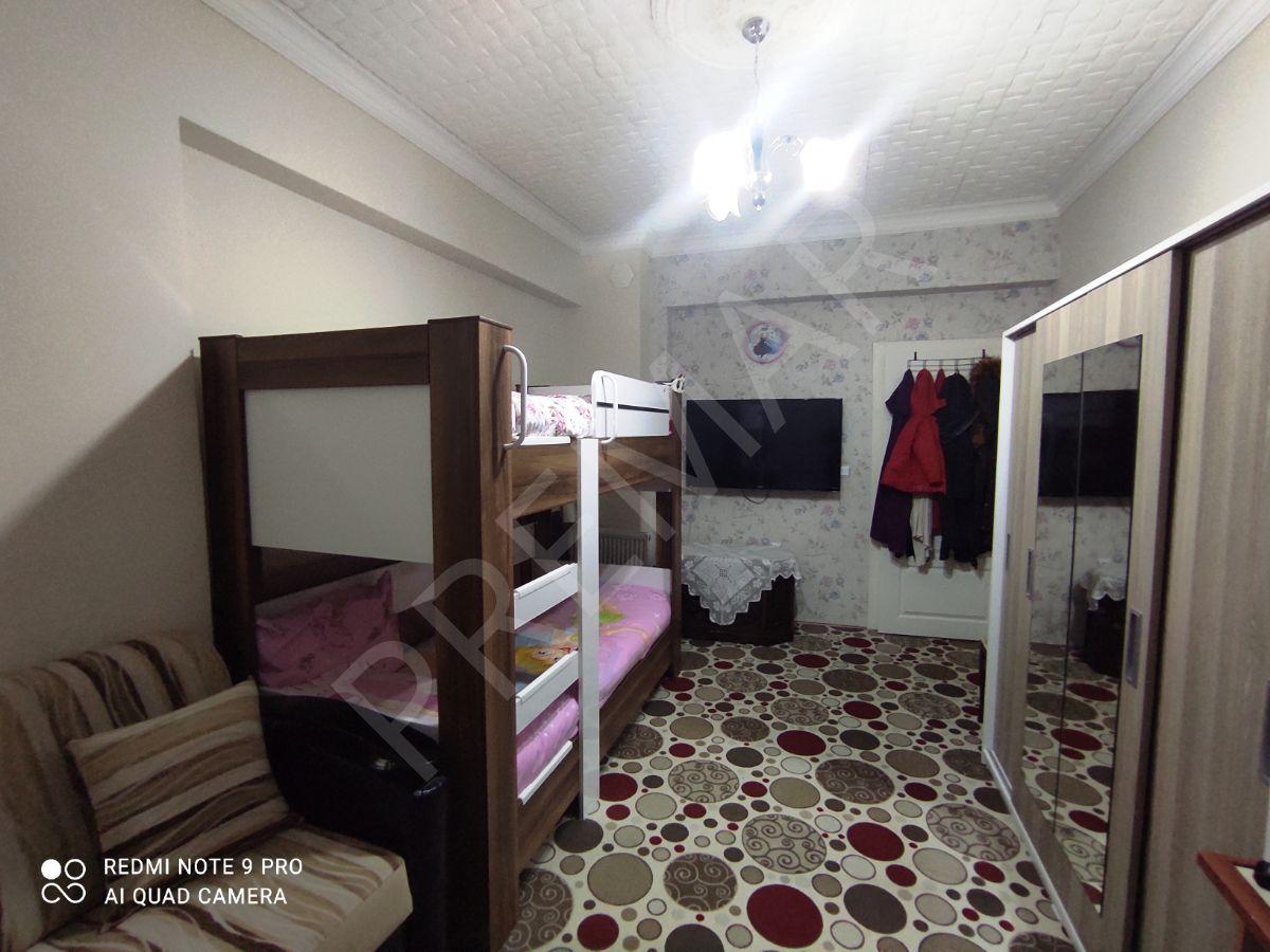 Premardan Sakarya Mahallesinde Ebeveyn Banyolu 170 M2 3+1 Fırsat