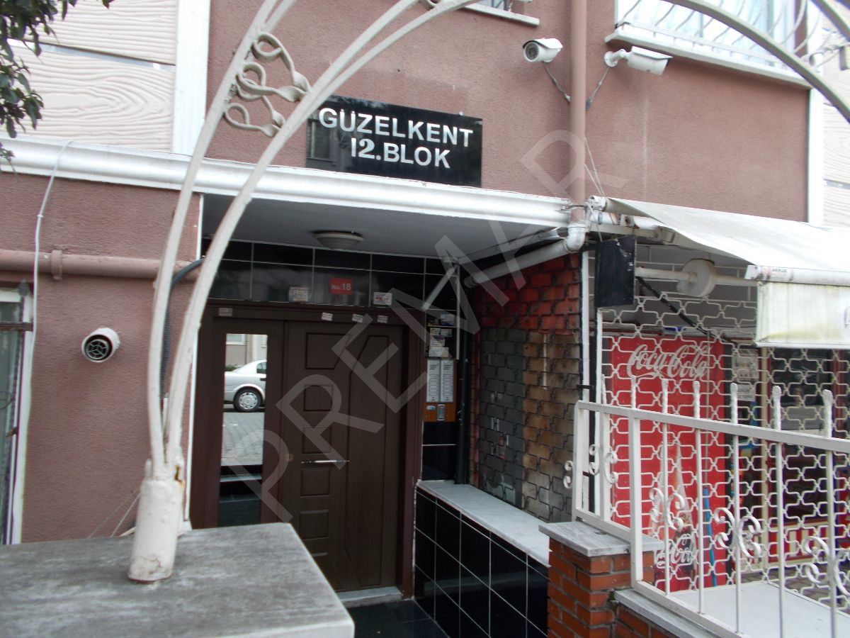 Yenibosna Kocasinan Merkez Mahallesi 2+1 Satılık Daire