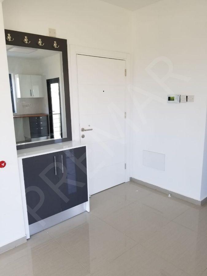 Lefkoşa K.kaymaklı'da Satılık 2+1 1.kat Apartman Dairesi