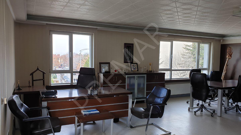 Balgat Caddeye Çok Yakın Konumda Full Eşyalı 600 M2 Kiralık Ofis