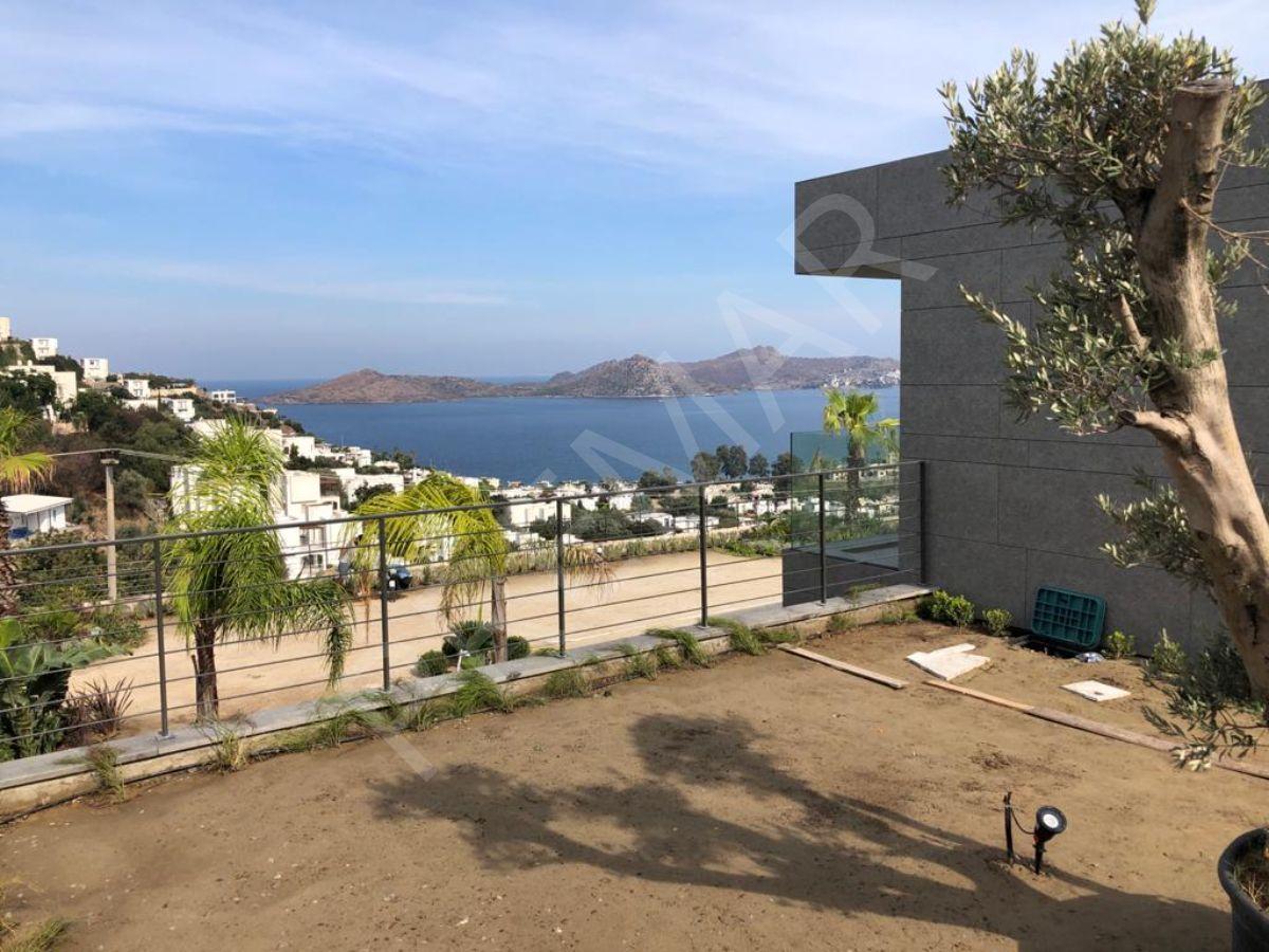Yalıkavak'ta Deniz Manzaralı Havuzlu Sıfır Villar