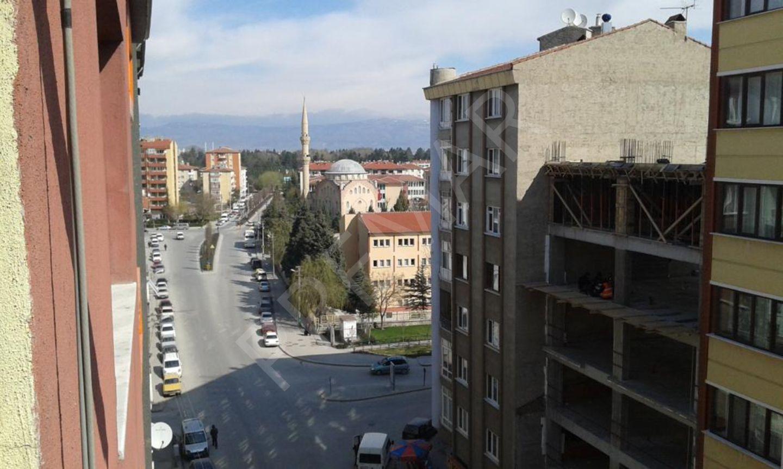 Eskişehir Tepebaşı Kurtuluş Mahallesinde Satılık 3+1 Daire