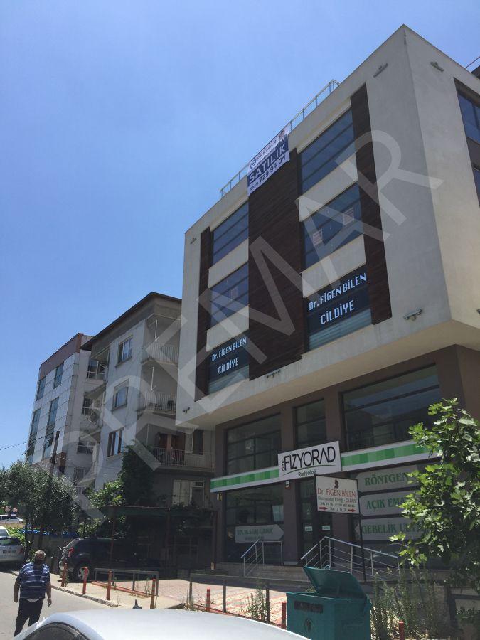 Hastaneler Bölgesinde Geniş Dublex Ofis