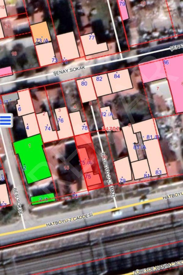 Şarhöyük Mahallesinde Ana Cadde Üzerinde Satılık Arsa